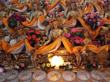 21 tara statues