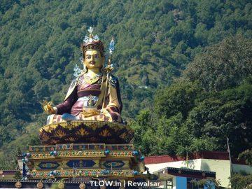 close-up-of-padmasambhava-statue